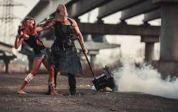 两个突变体争斗  免版税图库摄影