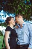 两个美丽的年轻恋人画象  图库摄影