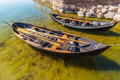两个老瑞典渔船 免版税库存照片