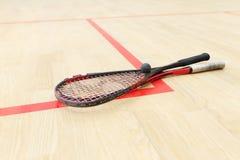 两个软式墙网球和球 免版税库存照片