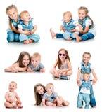 两个逗人喜爱的姐妹照片  库存图片