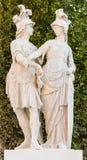 两个雕象在schönbrunn庭院,维也纳里 库存照片
