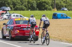 两个骑自行车者-环法自行车赛2017年 库存照片