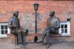 两位作家雕塑在爱沙尼亚 图库摄影