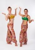 两位肚皮舞表演者 库存图片