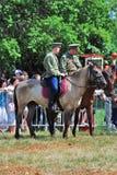 两匹人乘驾马 库存照片