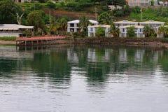 两叠生的平房复合体沿海的地亚哥苏亚雷斯(安齐拉纳纳),马达加斯加 免版税库存图片