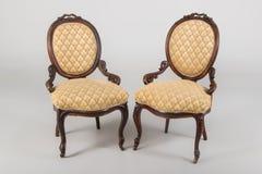 两古色古香的扶手椅子 免版税库存图片