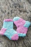 两只小羊毛袜子 免版税库存照片