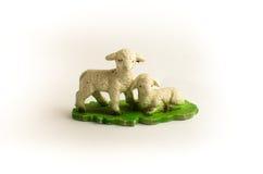 两只玩具绵羊 免版税库存图片