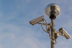 两台CCTV照相机和光 免版税库存照片