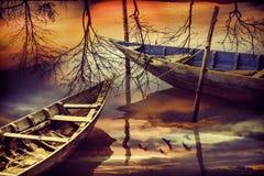 两在河的小船 免版税库存照片