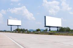 两在高速公路的空白的广告牌 库存照片