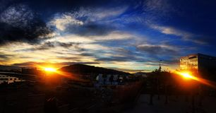 两太阳在巴塞罗那 库存图片