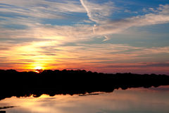 两岸间的日出在佛罗里达 免版税库存照片
