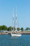 两帆柱风船 库存图片