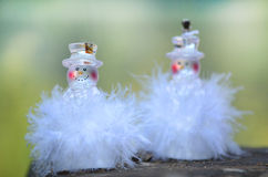 两带领了圣诞节装饰的雪花 图库摄影