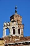 两座钟楼在威尼斯 免版税库存图片