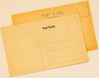 两张葡萄酒明信片相反  空白grunge 堕落 纸纹理 地方您的文本,背景用途 概念 免版税库存照片