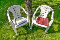 两把空的椅子 图库摄影