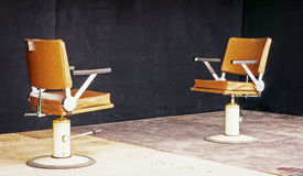 两把空的椅子 免版税库存图片