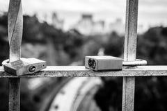 两挂锁俯视高速公路 库存图片