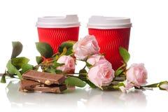 两朵纸板咖啡杯巧克力花 库存照片