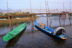 两条小船在河 免版税库存照片