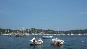 两条小船在滨海自由城在法国 股票视频