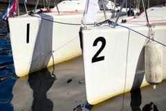 两条小船船尾 免版税库存图片