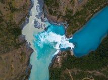 两条河的合流的鸟瞰图 免版税库存图片