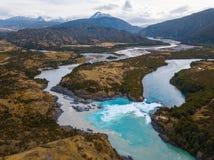 两条河的合流的鸟瞰图 免版税库存照片