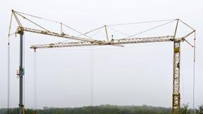 两架塔吊 免版税图库摄影