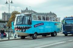 两栖公共汽车斯德哥尔摩 免版税库存图片