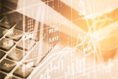 两次曝光在财政统计数据的企业辅助部件 免版税库存照片