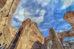 两次曝光有在罗马斗兽场里面的fisheye视图和罗马 库存图片