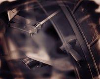两次曝光 为修理汽车的服务 免版税库存图片
