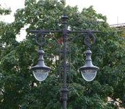 两灯灯城市 库存图片