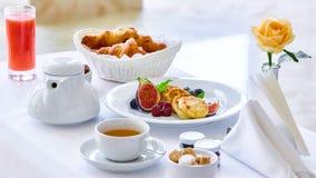 两的可口早餐在豪华旅馆 免版税库存图片