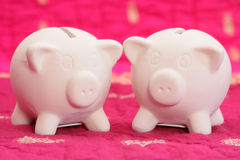 两简单的存钱罐 免版税库存照片