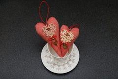两红色心脏在情人节 图库摄影