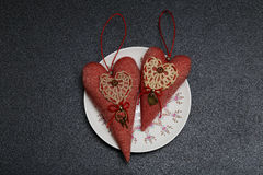 两红色心脏在情人节 免版税库存图片