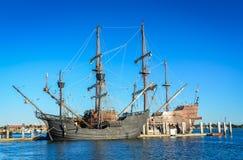 两艘高船- Galeà ³ n AndalucÃa /Andalusia Galleon -圣8月 免版税库存照片