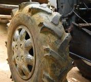 两轮子拖拉机 免版税库存照片