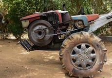 两轮子拖拉机 库存照片