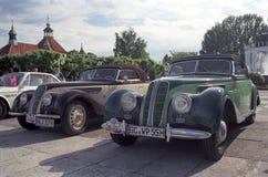 两辆BMW 328老朋友汽车敞篷车正面图 免版税库存照片