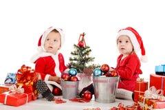 两婴孩圣诞老人 免版税库存图片