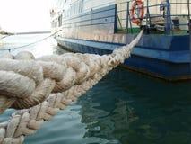 严格绳索的海运 库存照片