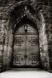 严重教会的门 库存图片
