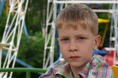 严重的男孩 免版税图库摄影